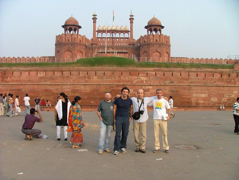 Mollotuttoeparto a Lahore Gate, New Delhi
